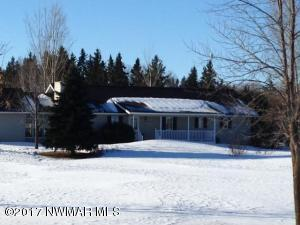 201 19th Avenue NE, Roseau, MN 56751