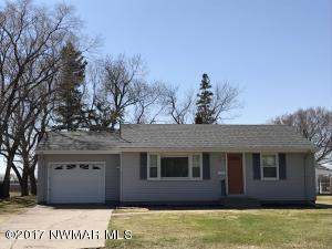 524 Euclid Avenue, Crookston, MN 56716