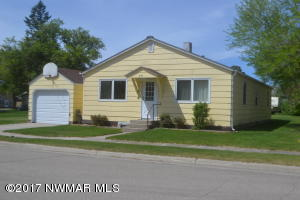 230 3rd Street N, Middle River, MN 56737