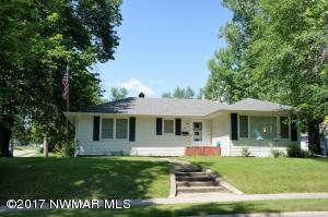503 riverside Avenue, Crookston, MN 56716