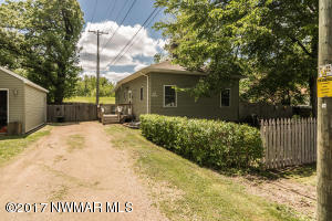 212 Bertha Street, Crookston, MN 56716