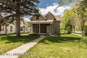 802 Sampson Street, Crookston, MN 56716