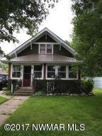 406 3rd Avenue NE, Roseau, MN 56751