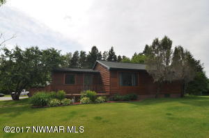 37627 State Hwy 313 Highway, Warroad, MN 56763