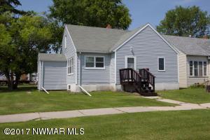 310 champagne Avenue SW, Red Lake Falls, MN 56750