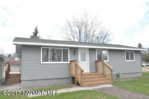 103 Washington Street SE, Warroad, MN 56763