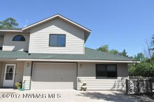 157 Elm Drive _, 3, Warroad, MN 56763
