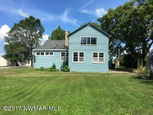 1127 7th St _, International Falls, MN 56649