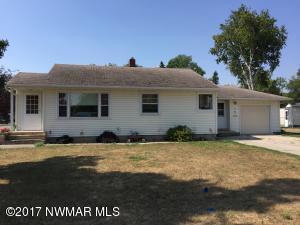 103 N Pine Avenue, Thief River Falls, MN 56701