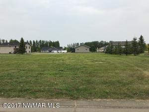 Oak Crest Boulevard, Roseau, MN 56751