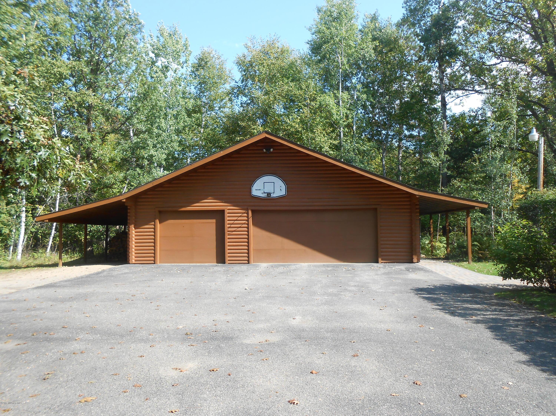 3 stall detached garage