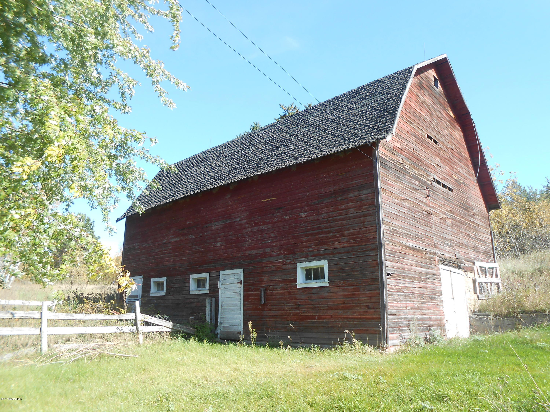 Nice sturdy barn