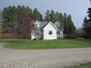 327 38th Avenue NW, Baudette, MN 56623