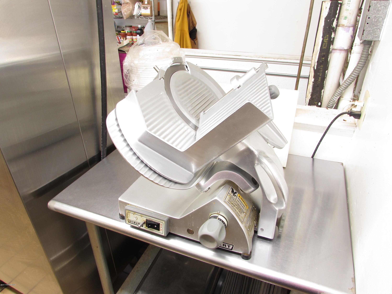 Commercial-grade Meat Slicer