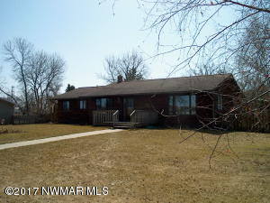 306 Elk Street NW, Warroad, MN 56763