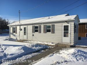 337 2nd Avenue NE, Crookston, MN 56716