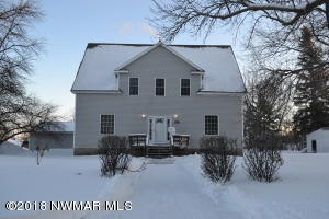 626 Colvin Avenue E, Warren, MN 56762