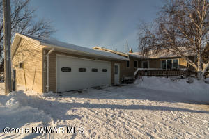 15717 260th Street SW, Crookston, MN 56716
