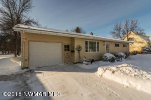 304 Euclid Avenue, Crookston, MN 56716