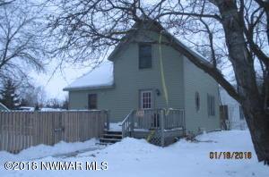 402 Elk Street NW, Warroad, MN 56763