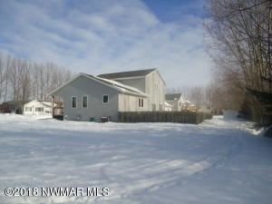 1506 Meadowlark Court, Thief River Falls, MN 56701