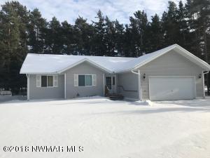 744 Lenmark Lane, Badger, MN 56714