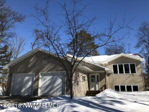 4bedroom 2bath split level home in a well established neighborhood.
