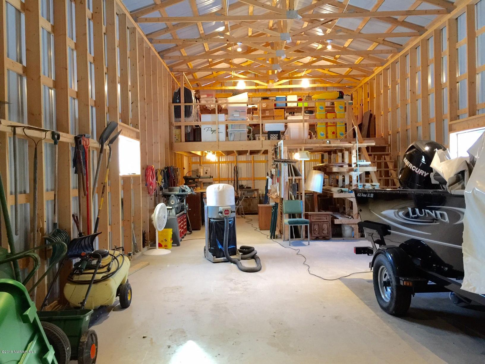 20x52 shop with 14' side walls and loft storage