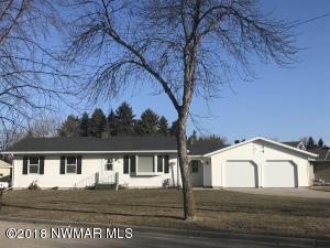 1601 Widman Lane, Crookston, MN 56716