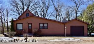 129 Oak Avenue N, Thief River Falls, MN 56701