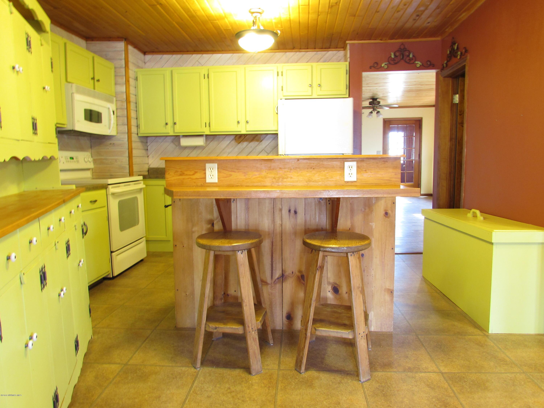 Kitchen - View 5
