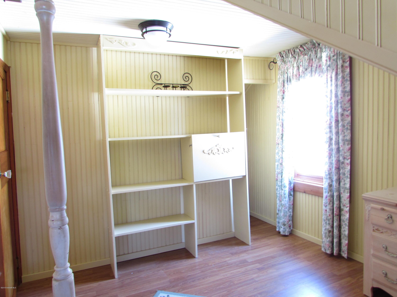 Bedroom 3 - View 3
