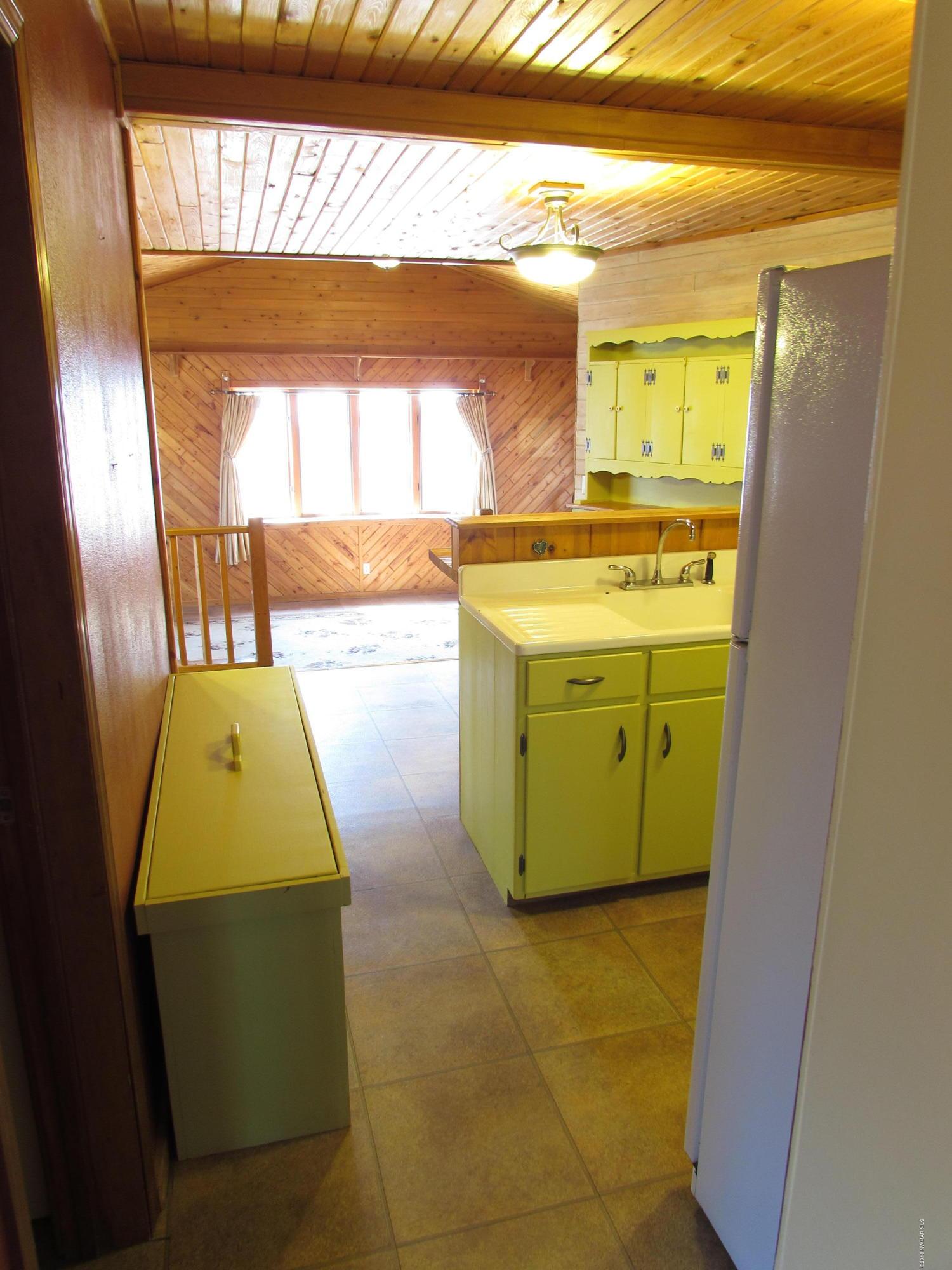 Kitchen - View 8