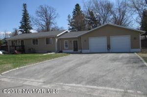 1010 Spruce Street NW, Warroad, MN 56763