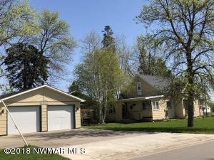 718 Sampson Street, Crookston, MN 56716