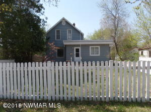 2403 Calihan Avenue NE, Bemidji, MN 56601
