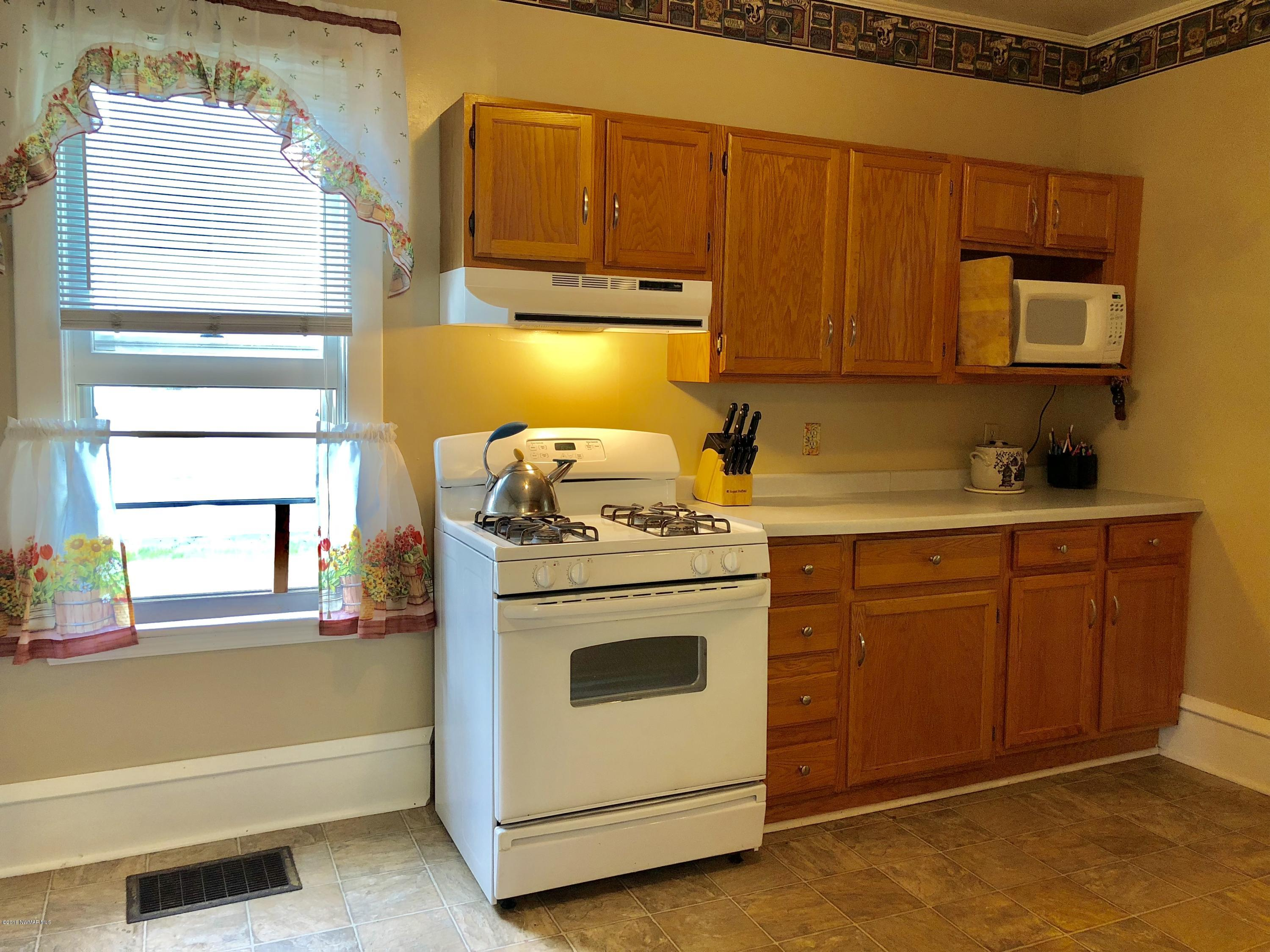 Plenty of cabinets in the kitchen