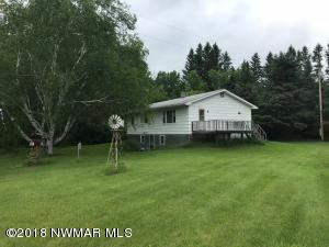 46643 County 4 Road, Roseau, MN 56751