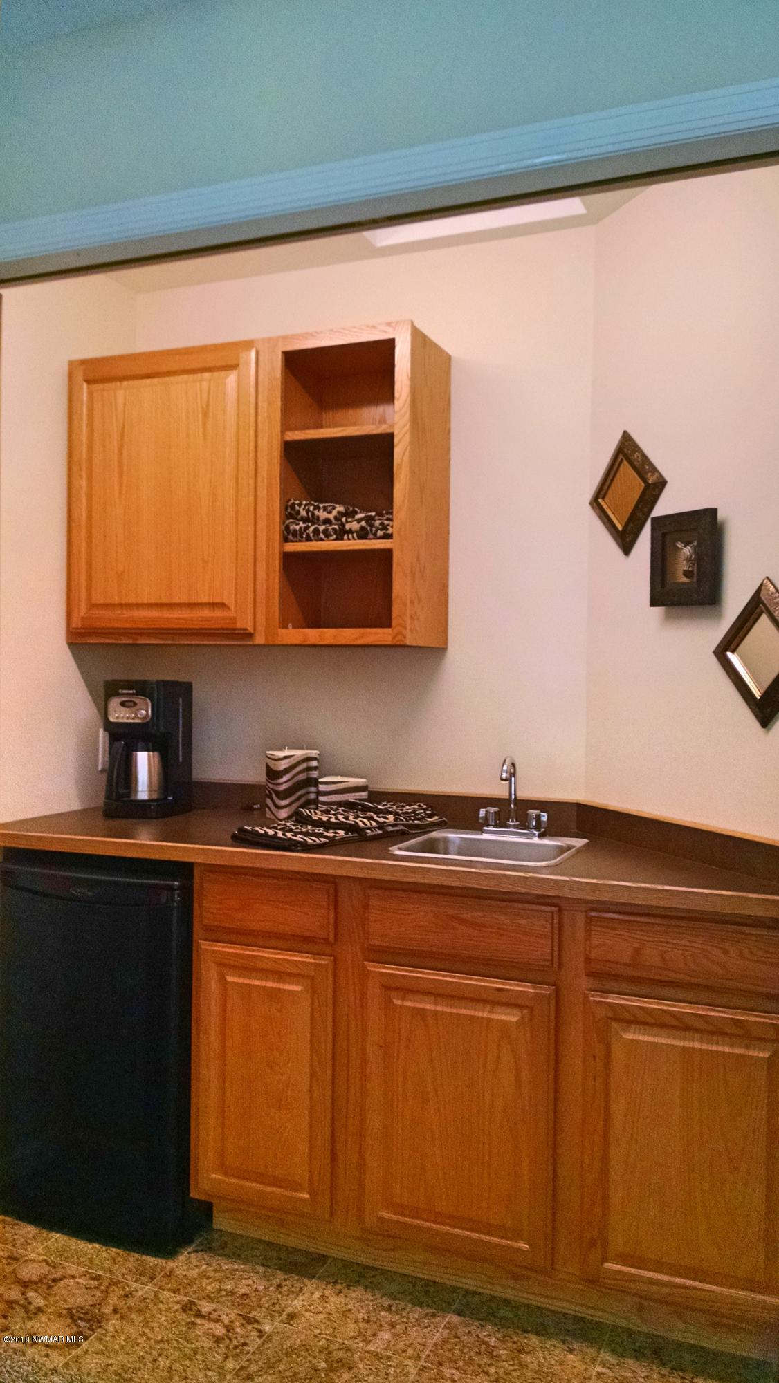 Wet Bar (Hidden in Loft Closet!)