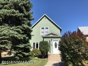 515 Holly Avenue, Crookston, MN 56716
