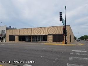 225 Main Avenue N, Thief River Falls, MN 56701