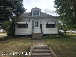 1703 S Main Street, Crookston, MN 56716