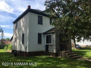 34 Beasley Avenue, Grand Rapids, MN 55786