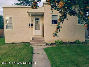 716 St Paul Avenue S, Thief River Falls, MN 56701