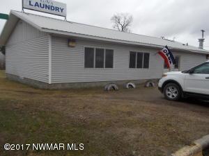 422 1st Street NW, Cass Lake, MN 56633
