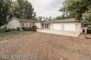 17245 Sandy Lane SE, Mentor, MN 56736
