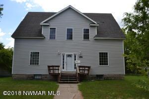 626 Colvin Avenue E, Warren, MN 56762