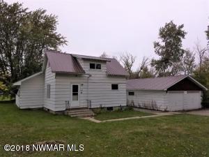 329 Oak Street SE, Clearbrook, MN 56634