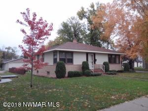 204 Merriam Avenue N, Thief River Falls, MN 56701