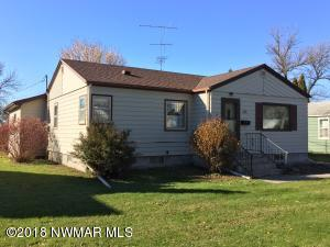 526 Washington Avenue, Crookston, MN 56716